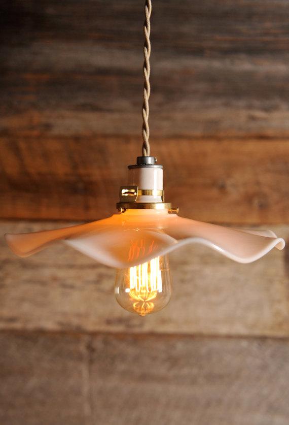 pendanthanginglightscallopshade