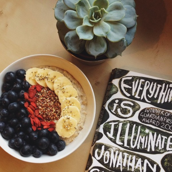 breakfast and book everything is illuminated