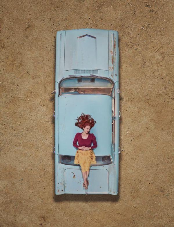 woman vintage car